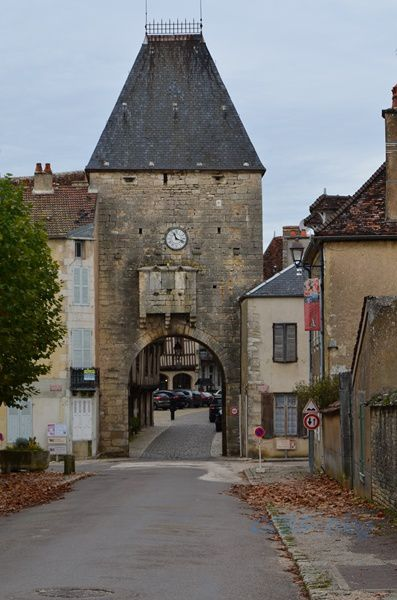 Noyers &quot&#x3B;Plus beaux villages de France&quot&#x3B;