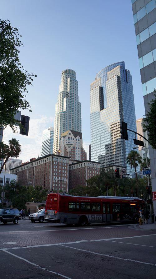 Los Angeles : Le Downtown, ravagé par la crise et Universal Studios