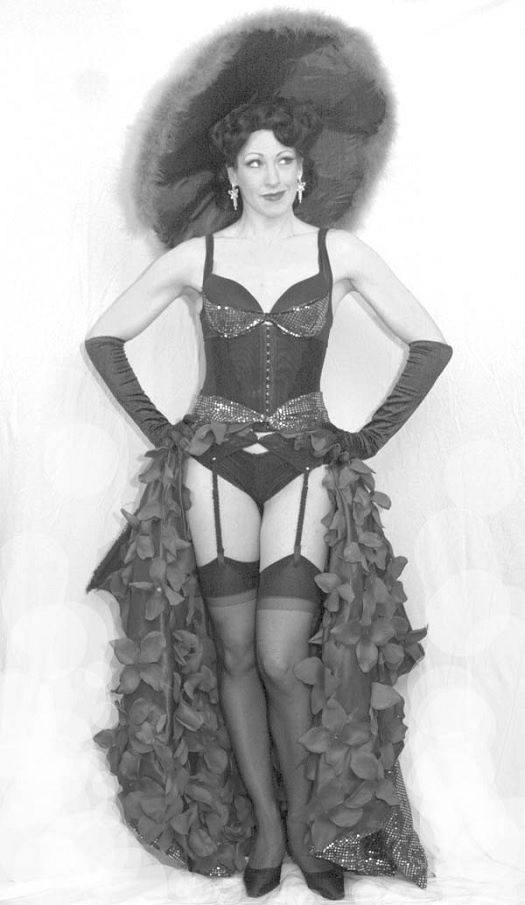 Gypsy-Rose-Lee-Showgirl