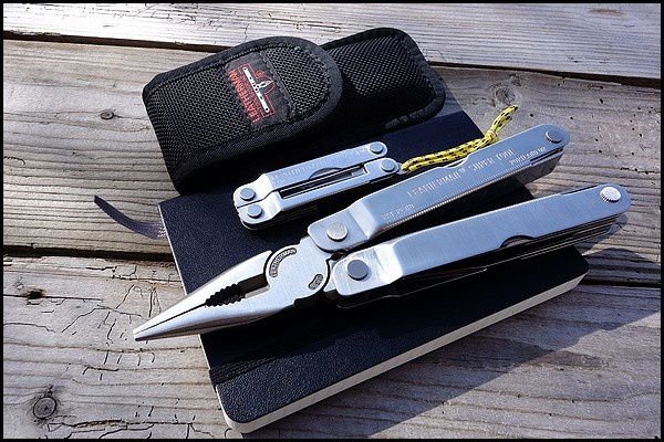 Super tools : les leatherman MICRA et SUPER TOOL 300