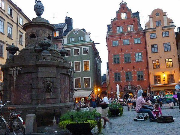 Wolff : Stockholm la nuit