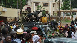 Une fusillade a opposé la police militaire à des membres de l'ex-rébellion Séléka, dimanche à Bimbo au sud de Bangui
