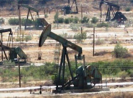 Lu pour vous : Le pétrole tchadien troqué contre le bois centrafricain ?