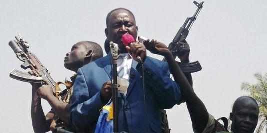 Le capitaine Eugène  Ngaikoisset arrêté en RDC et conduit sous bonne escorte à Kinshasa