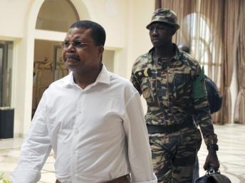Centrafrique : Les fonctionnaires bientôt payés selon Nicolas Tiangaye, Premier ministre de Transition
