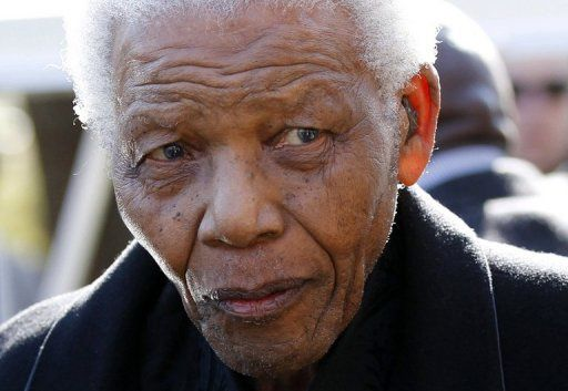 DECLARATION DU CHEF DE L'ETAT  RELATIVE A LA DISPARITION DE NELSON MANDELA