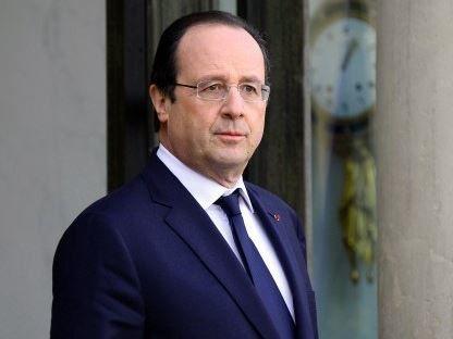 Centrafrique: l'élection de la nouvelle présidente de transition saluée par Hollande