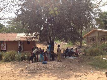 RDC: Zongo, de l'autre côté de la rivière Oubangui, accueille des familles centrafricaines
