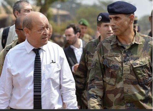 Centrafrique: Jean-Yves Le Drian sera à Bangui mercredi