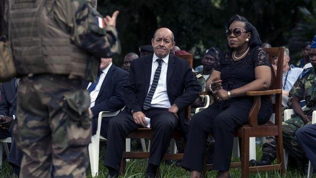 Lu pour vous : RCA : Catherine Samba-Panza doit bien nouer le pagne