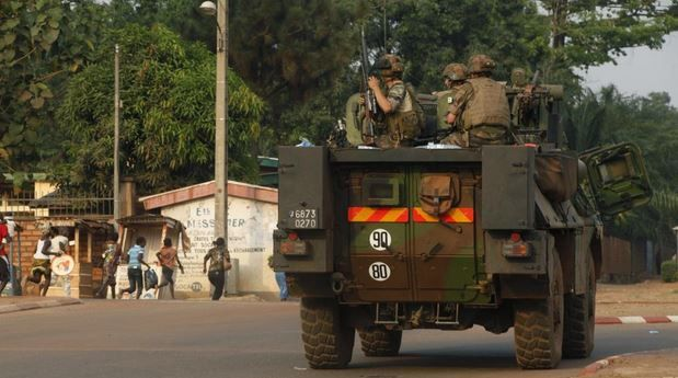 Un logiciel de paie prive de primes les soldats de Sangaris