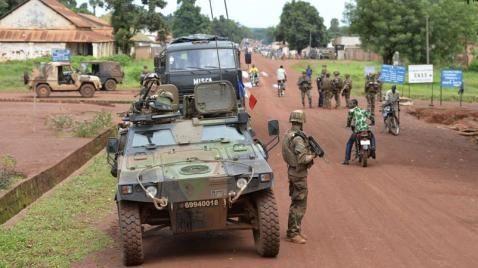 L'armée française au cœur du nouvel &quot&#x3B;arc de crises&quot&#x3B; africain