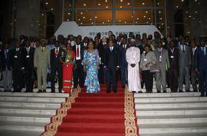 Crise centrafricaine : ex-sélékas et anti-balakas s'engagent à faire taire les armes