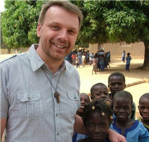 RCA: le prêtre polonais libéré, le rebelle Abdoulaye Miskine relâché