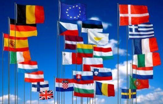 L'UE lance deux nouvelles missions en Afrique: au Mali et en Centrafrique
