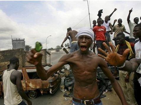 """Centrafrique : négociations """"très avancées"""" avec les milices anti-Balakas, ravisseurs du ministre des Sports"""