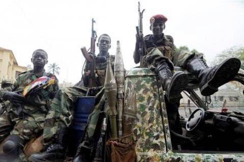 Centrafrique: les chefs de huit groupes armés s'engagent à relâcher plusieurs milliers d'enfants soldats