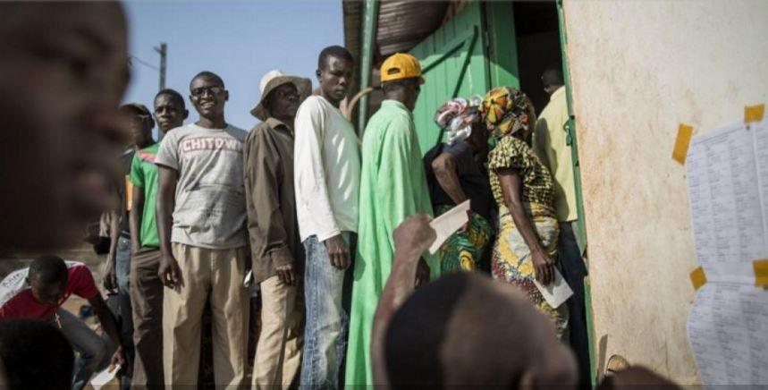 Centrafrique : référendum constitutionnel sous tension, des tirs entendus à Bangui