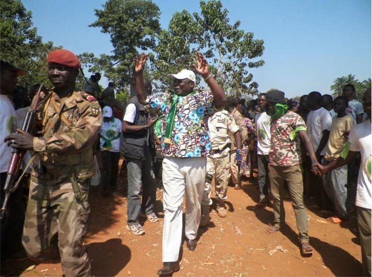 Accueuil très chaleureusement fraternel pour Martin ZIGUELE à Bangassou et Mobaye