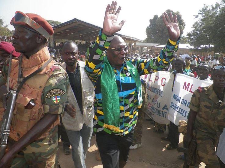Martin ZIGUELE en campagne à Bocaranga, Paoua et Kaga-Bandoro en images