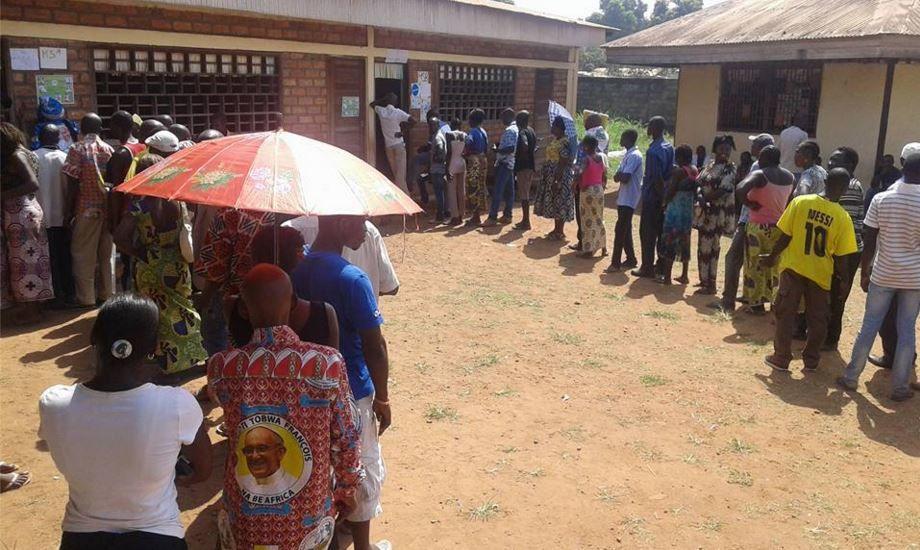Elections en Centrafrique : vers une sortie de crise ou un simple retour à l'ordre constitutionnel ? (ANALYSE)