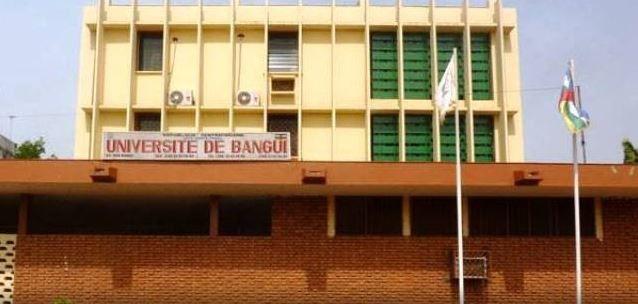 Le mythe l'intégration des jeunes enseignants chercheurs de l'université de Bangui à la fonction publique par Maurice Alabida