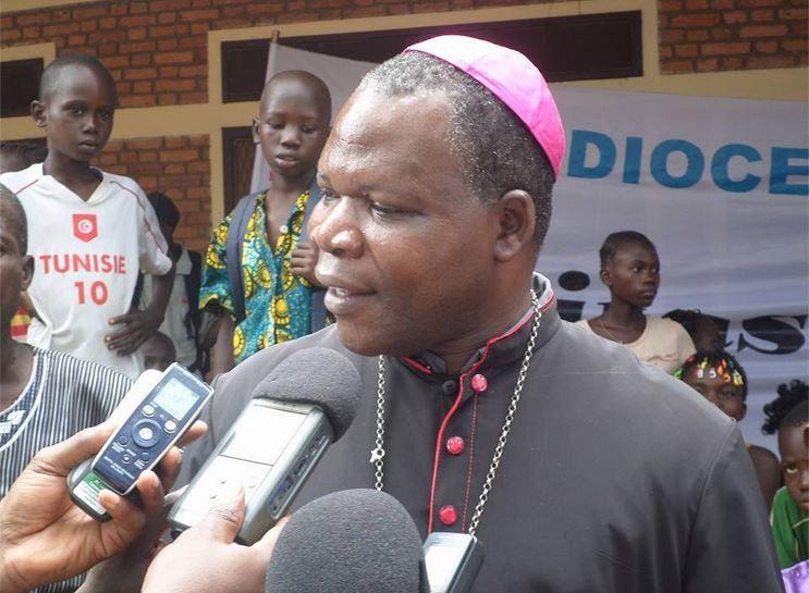 Lu pour vous : Centrafrique : Après avoir séparé les eaux, l'Eglise déplace des montagnes