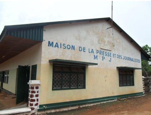 Centrafrique : Les journalistes suspendent un mouvement de grève suite à une commande de déguerpissement de la maison de la presse