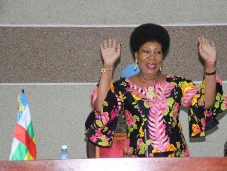Lu pour vous : Centrafrique : Samba-Panza et les millions évaporés