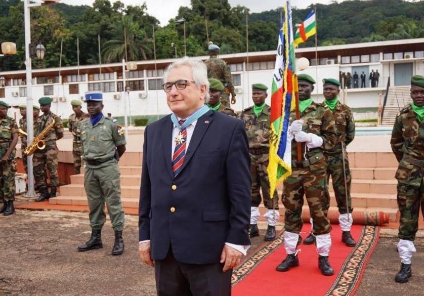 Un ambassadeur français rappelé suite aux irrégularités dans l'attribution de visas à Bangui (VOA)
