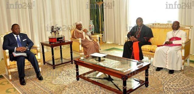 Un émissaire du Vatican reçu en audience au palais présidentiel par Ali Bongo