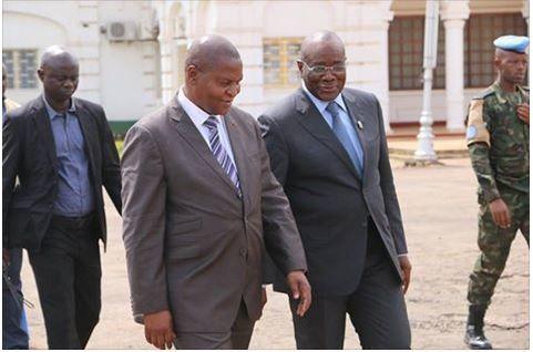 Centrafrique: guerre des chefs au sommet d'un pays ravagé par la violence