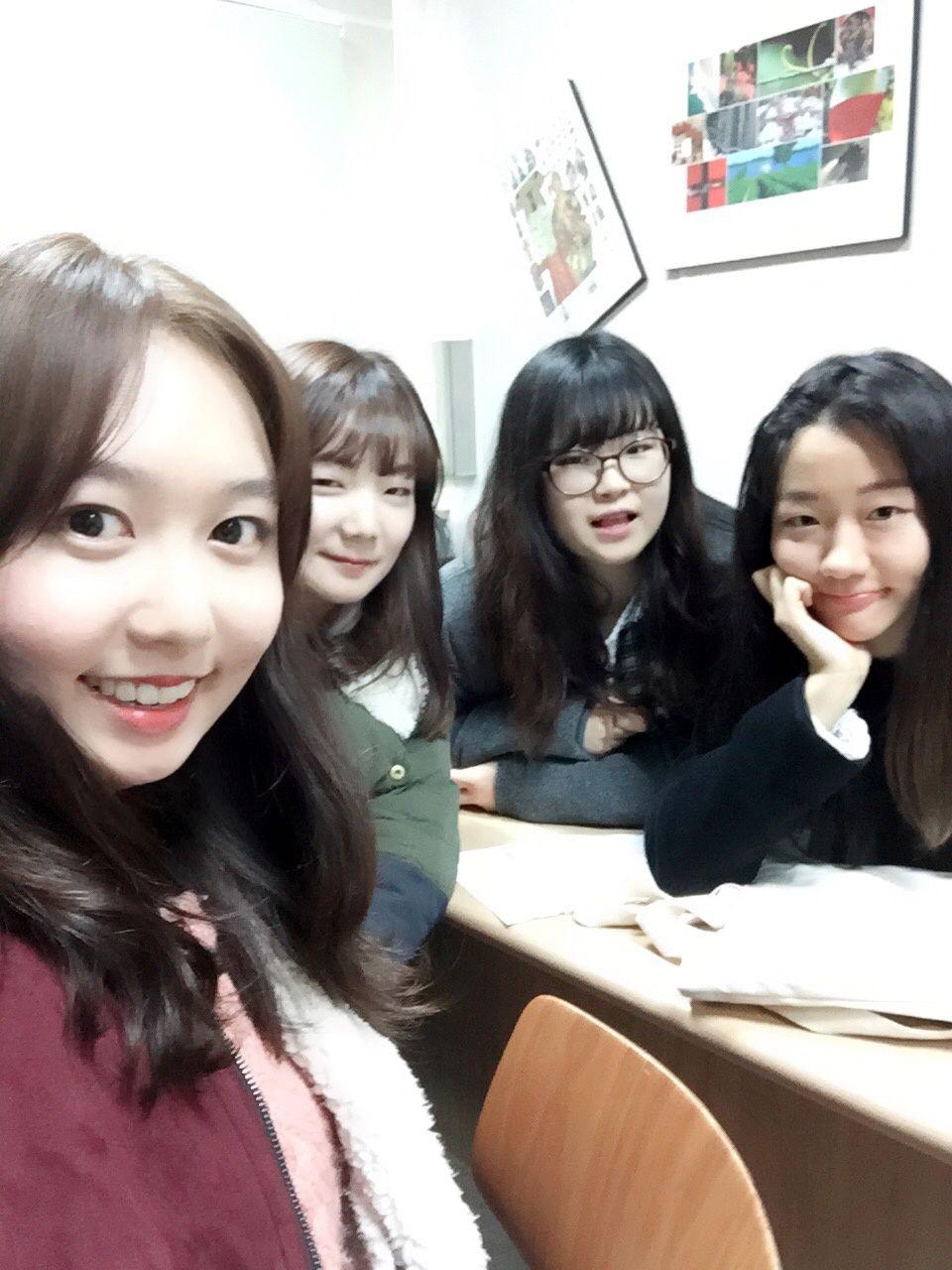 Ye-jin,Yu-na,Won-kyeong,Jung-min