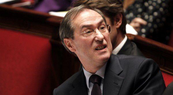 Claude Guéant, l'ex ministre de l'Intérieur de Nicolas Sarkozy, s'est pris les pinceaux dans les toiles flamandes