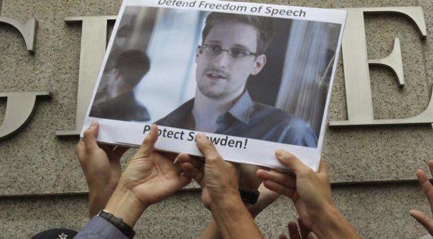 Le Venezuela accorde l'asile politique à Snowden