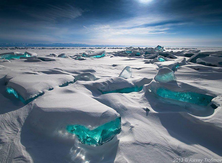 vous voyez le cavalier sur le lac gelé?