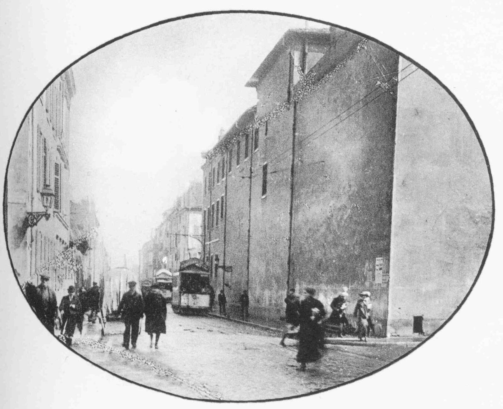 Maison de Secours angle rue Charles III et rue des Ponts - Nancy