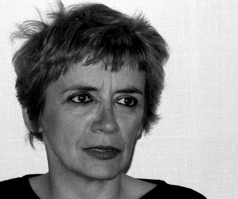 Catherine Bessonart, comédienne et scénariste, est l'auteure de Et si Notre-Dame la nuit, chez le même éditeur.