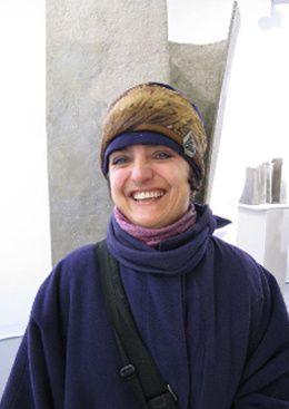 Agnès Evein.  Dans le métier depuis 1987 et  Créatrice Costumes  (Costume Designer)  Chef Costumière   de Cinéma, TV, Théâtre  depuis 1993 ...   Passionnée de la couleur des époques  et dessinant depuis toujours.