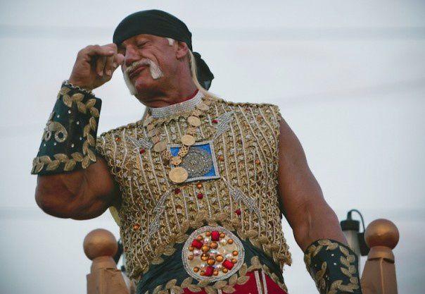 Comment Hulk Hogan a réussi à obtenir 115 millions de dollars de Gawker… grâce à une sextape