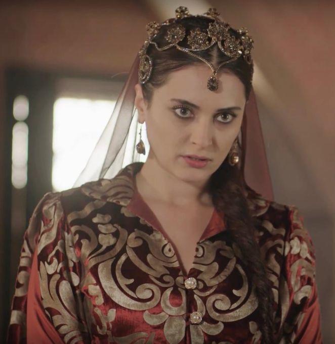 Série « Le Siècle magnifique, Kosem » : diadèmes des sultanes