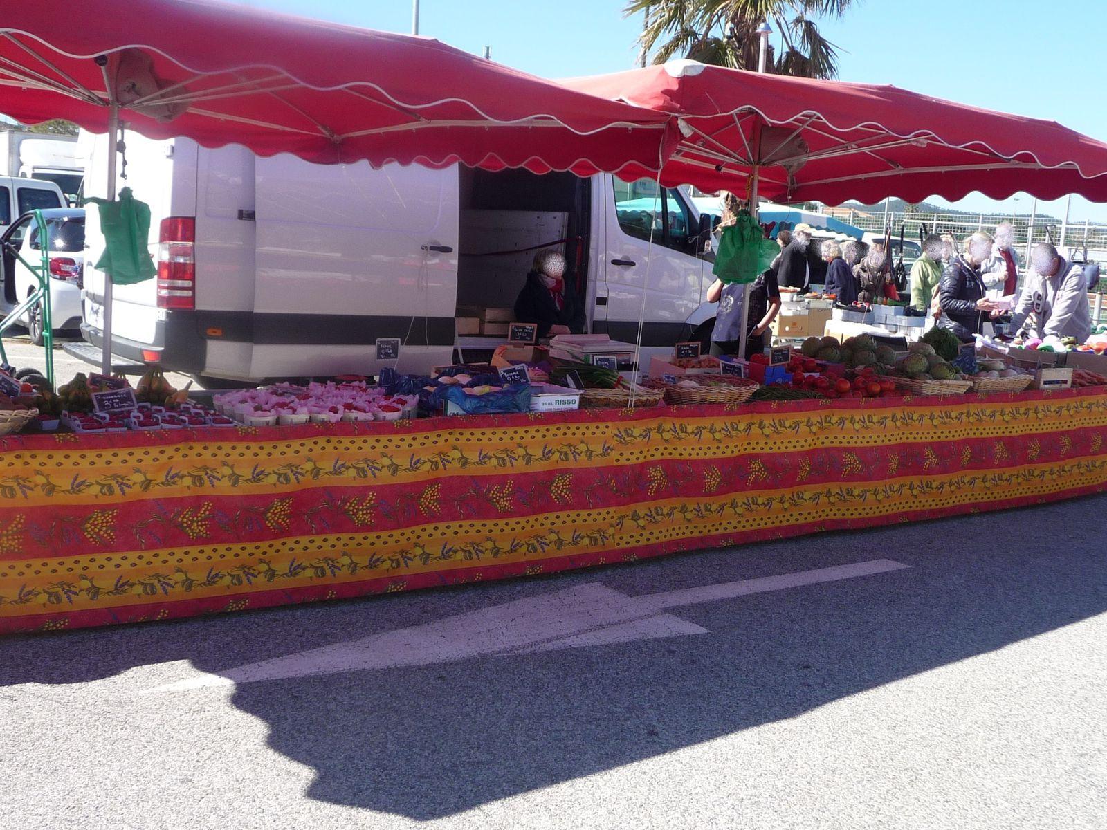 LE LAVANDOU ! un petit tour au marché