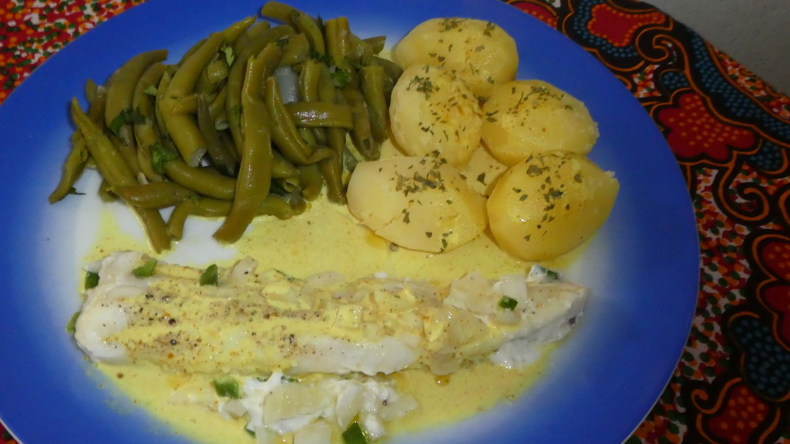 Poisson blanc sauce curry blogs de cuisine - Cuisiner du poisson blanc ...