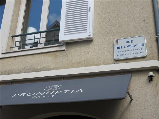 Rue de la volaille !