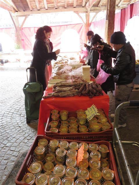 Au marché de Revel (décembre 2015)
