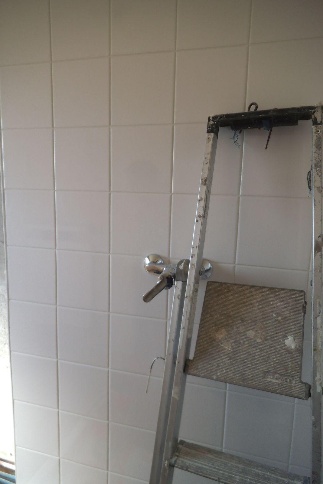 Pour avoir une salle de bains aux normes - Normes salle de bain ...