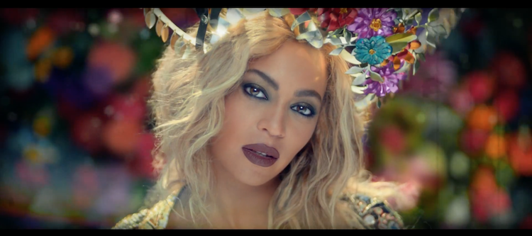 Coldplay et Beyoncé  'Hymn For The Weekend'