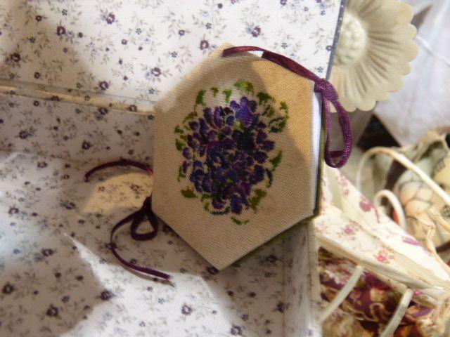 Louhans - Violettes et pensées