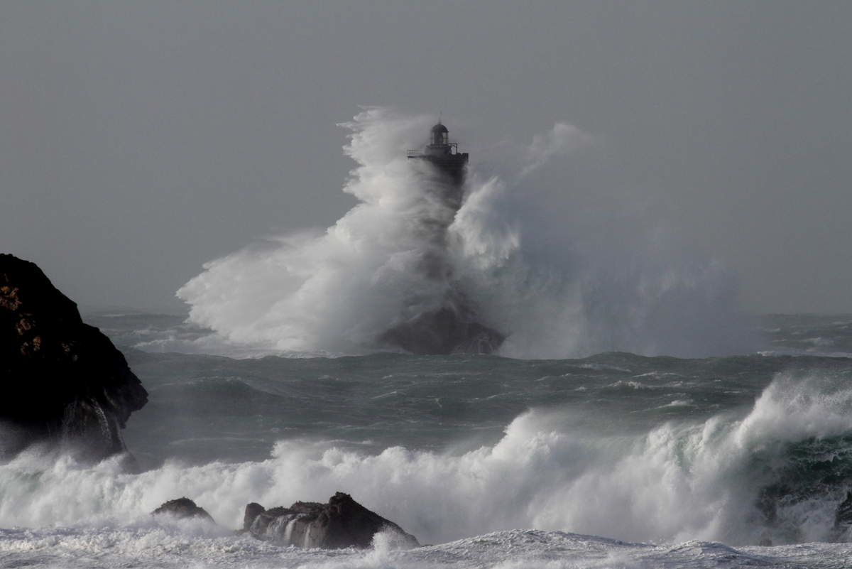 Tempêtes 2014 (auteurs : Le Télégramme photos 1 à 5 &#x3B; Le phare du Four Bruno-le-lay-overblog photo 6)