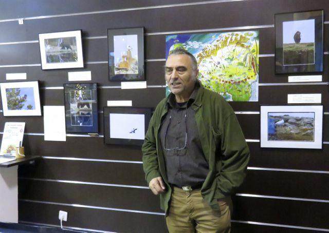 L'auteur devant la carte de la Laponie